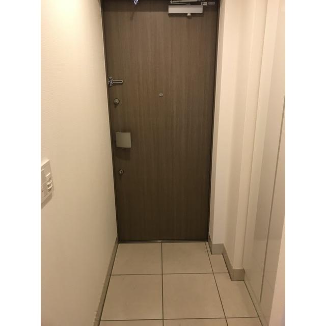コンフォリア目黒青葉台 223号室の洗面所