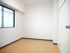 ドメス横浜南 901号室のベッドルーム