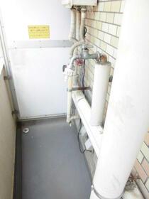 ロワール横浜 207号室のバルコニー