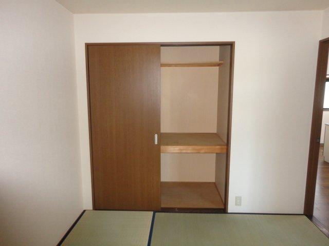 イーストピア笠松 102号室のキッチン