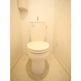 グランディール宮堀 302号室のトイレ