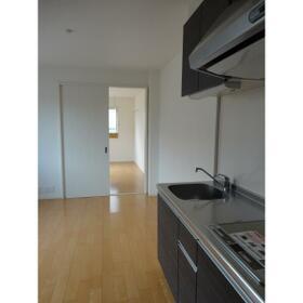 グランディール宮堀 302号室のキッチン