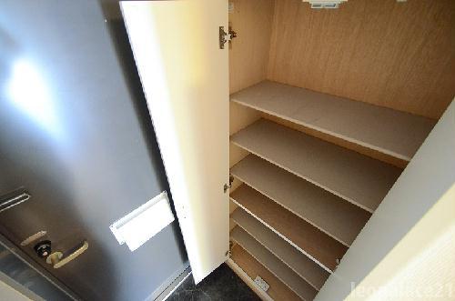 レオパレスかいと 207号室のリビング