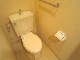 市原八幡パークホームズ 607号室のトイレ