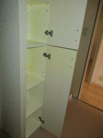 市原八幡パークホームズ 607号室の収納