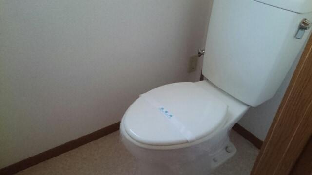 サンセールⅠ 01030号室のトイレ