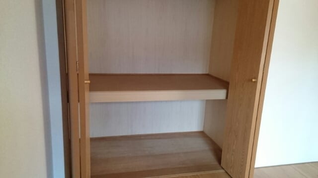 サンセールⅠ 01030号室の収納