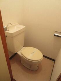 サンシオン四谷 205号室の風呂