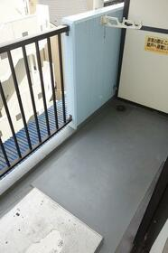 クリオたまプラーザ壱番館 203号室のバルコニー