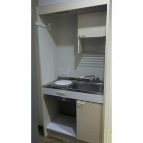 ビジネス・ワン美野島 403号室のキッチン