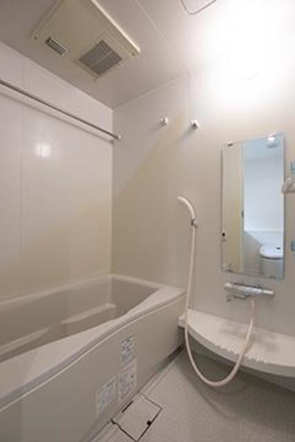 トレステージ四谷 804号室の風呂
