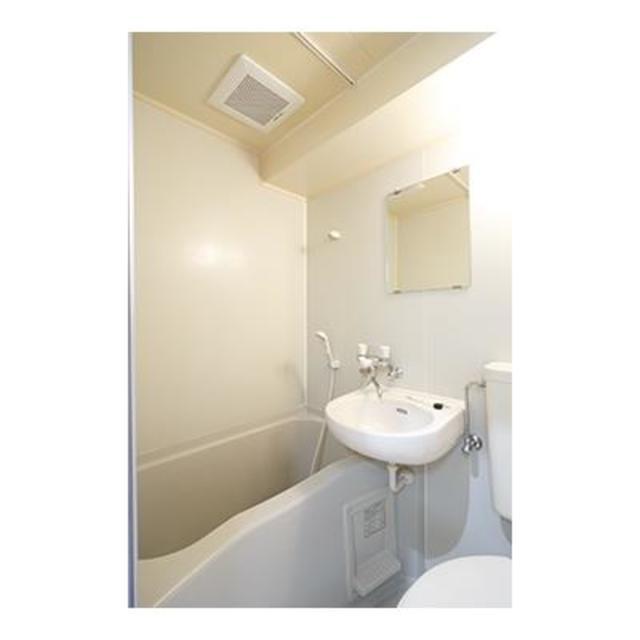 フォレスタ御苑前 304号室の風呂