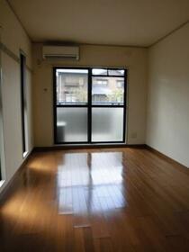 コンフォール中川 203号室のその他