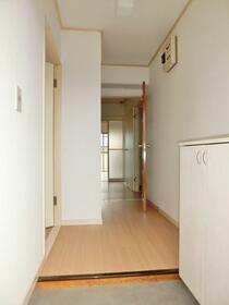 グランディール藤清 壱番館 207号室の玄関