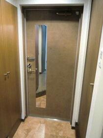 フェニックス幡ヶ谷壱番館 1205号室の玄関