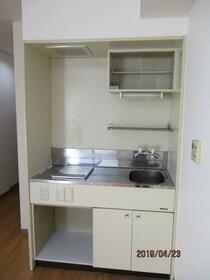 ブリリアンス日本橋浜町公園 1106号室のキッチン