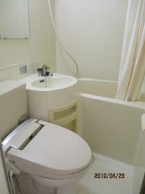ブリリアンス日本橋浜町公園 1106号室の風呂