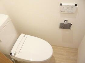 ユーコート中野 303号室のトイレ