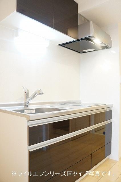 グラン トレゾール 01010号室のキッチン