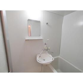 ライブハウスⅠB 103号室の洗面所