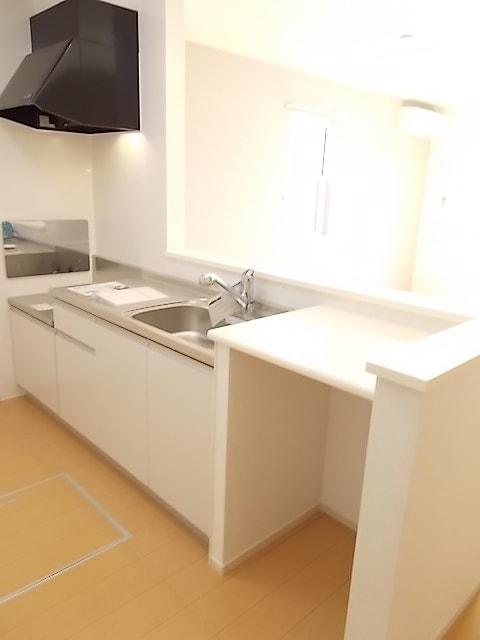 コルソ アロッジオM Ⅰ 01030号室のキッチン