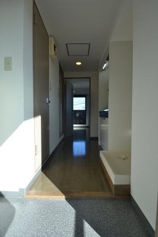 クレスト杉並 302号室の玄関