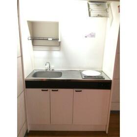 プレゴ学芸大学 101号室のキッチン
