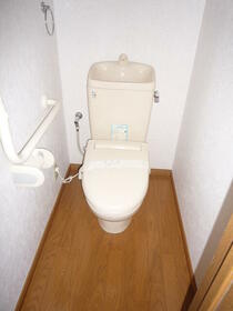 ベル・ドゥ・プレシーユ 202号室のトイレ