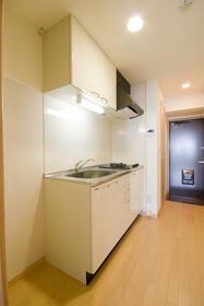 レジデンス吉野 302号室のキッチン