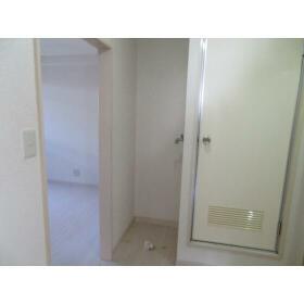 豊町中央コーポ 0203号室の玄関