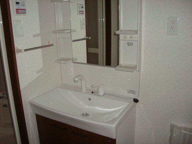 ディア 203号室の洗面所