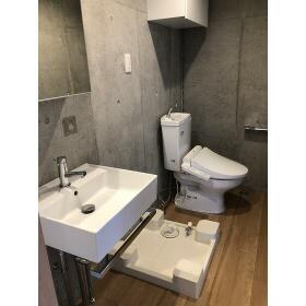 ラシクラス板橋 302号室の洗面所