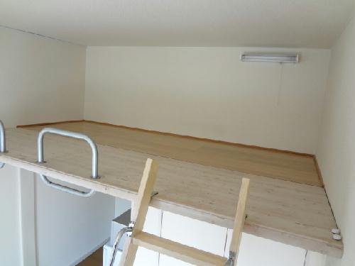 レオパレス土古第2 201号室のリビング