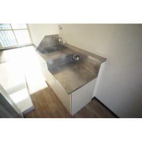 山仁ハイツ 208号室のキッチン