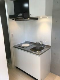 COCOFLAT田端Ⅲ 202号室のキッチン