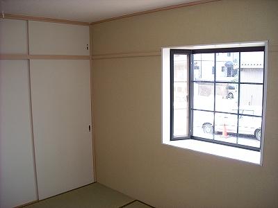 ベルコリーヌ藤ヶ丘 B201号室のリビング