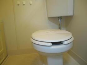 ひかりコーポ 102号室のトイレ