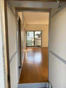 川口コーポ 201号室の玄関