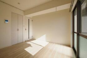 永野マンションⅠ 304号室のリビング