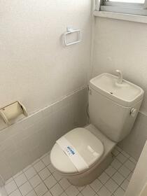 ベルモント保土ヶ谷 209号室のトイレ