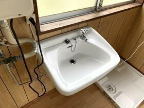 ベルモント保土ヶ谷 209号室の洗面所