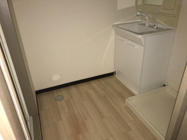 スピカ小柳 101号室の収納