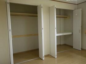 ベルグハウゼ 203号室の収納