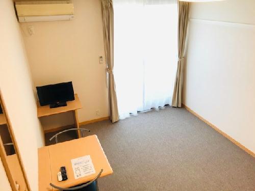 レオパレスエスポアール 302号室のリビング