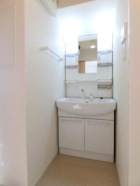 ティア マリア 03030号室の洗面所