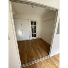 エスペランサ24 202号室の玄関