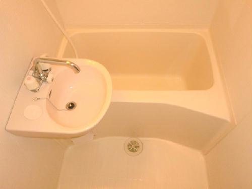 レオパレス原山 101号室の風呂