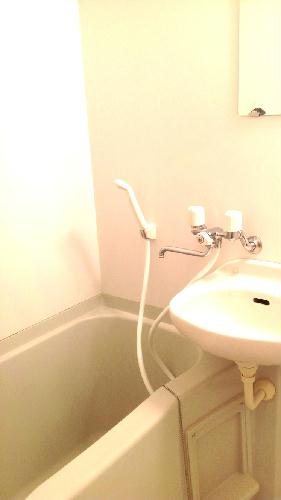 レオパレスシーグリーン 104号室の風呂
