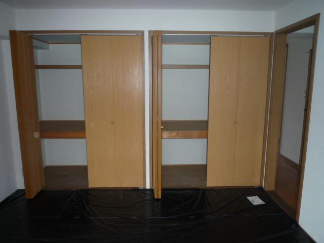 エムエフ キングダム 02010号室の収納