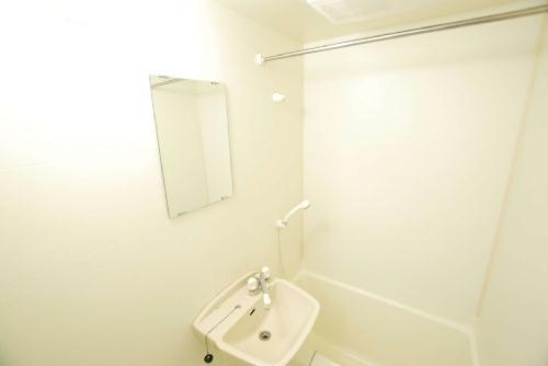レオパレスアルカディア 205号室の洗面所